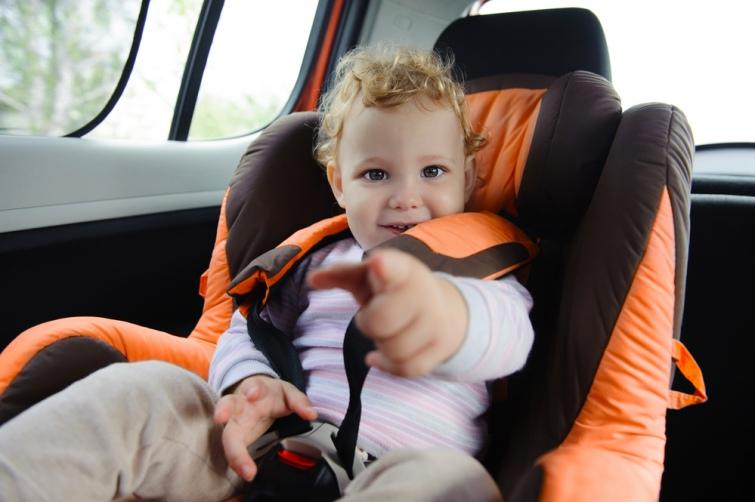 c9b587d-car-seat-golov