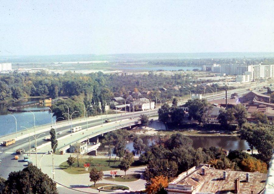 Вулиця Харківська, 1983-1985 роки. Фото: Лариса Ярошенко