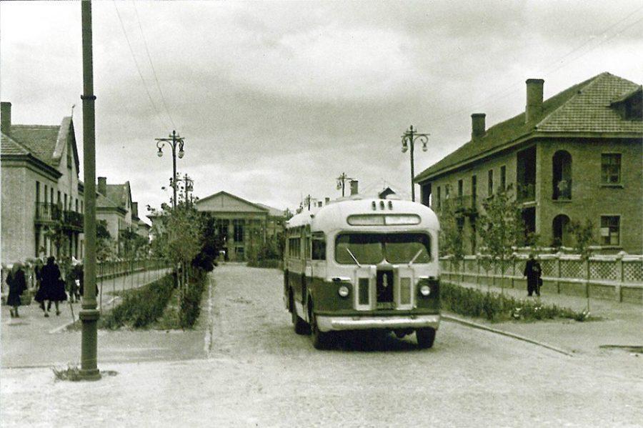 Вулиця Лінійна, нині Хімік, 50-ті роки. Фото: з архіву групи «Мої Суми», facebook.com
