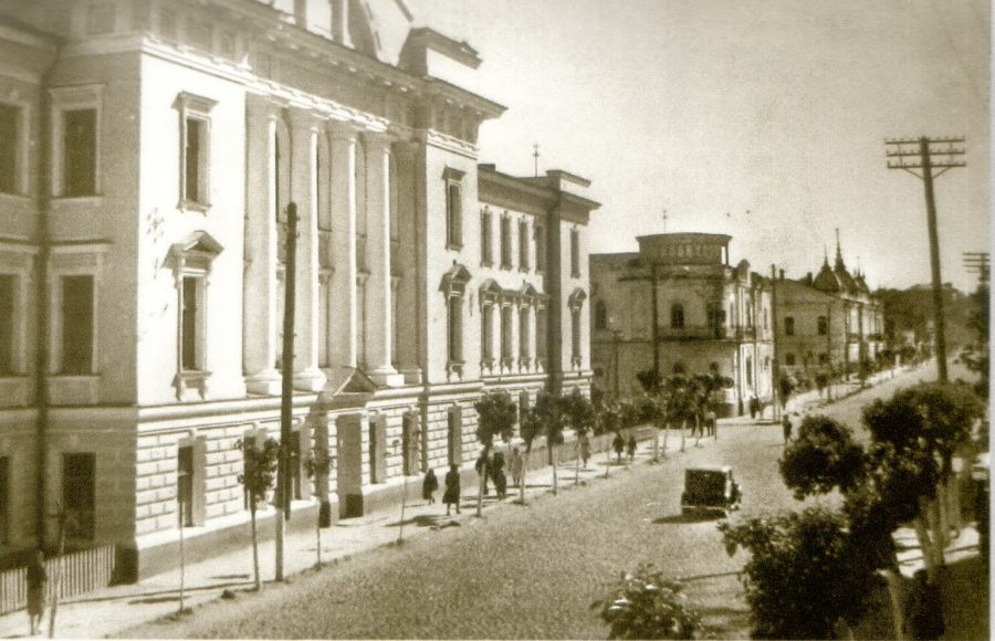 Вулица Леніна, нині Петропавлівська, 1956 рік. Фото: з архіву групи «Мої Суми», facebook.com