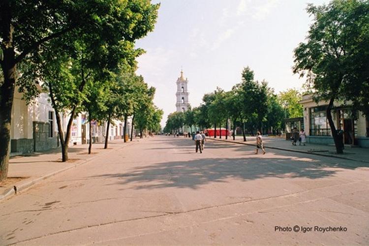 Вулиця Соборна, серпень 1999 року. Фото: Ігор Ройченко