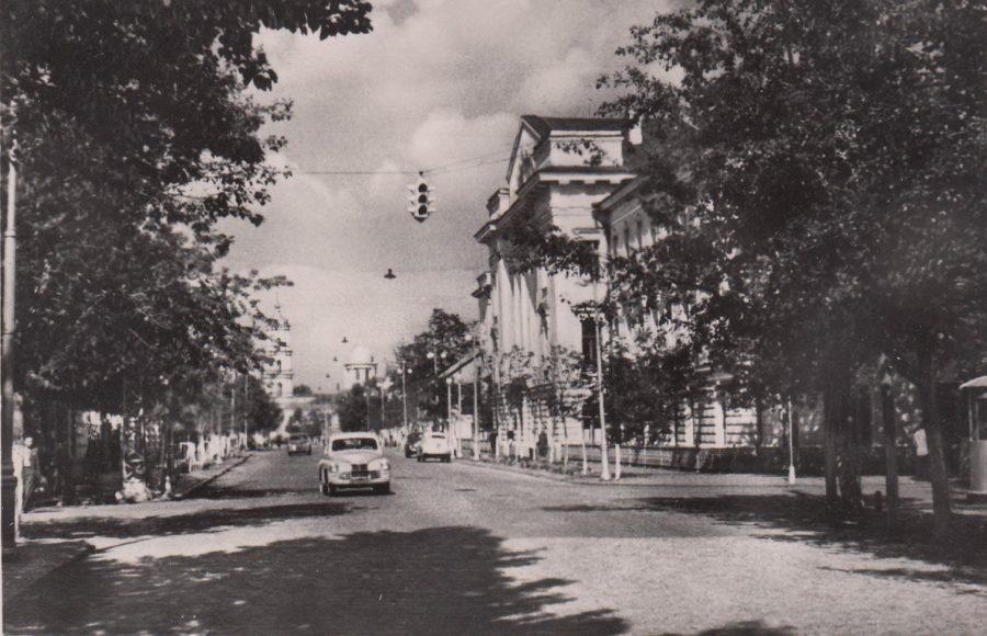 Вулиця Сталіна, нині Петропавлівська, 1958 рік. Фото: з архіву групи «Мої Суми», facebook.com