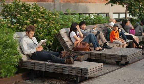 Фото: Громадські зони для відпочинку у світі, romyandco.com