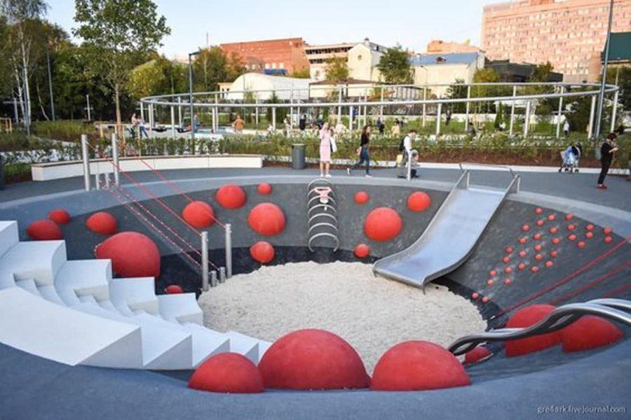 Фото: Дитячі майданчики в світі, pinterest.com